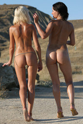 Sexy hot naturists