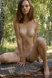 Exciting hairy pussy girl nude in the forest
