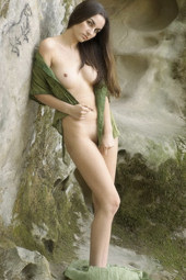 Hairy beaver nude queen of Egypt in the rocks