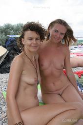 Real nudists crowd