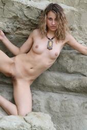 Sexy girl nude outside
